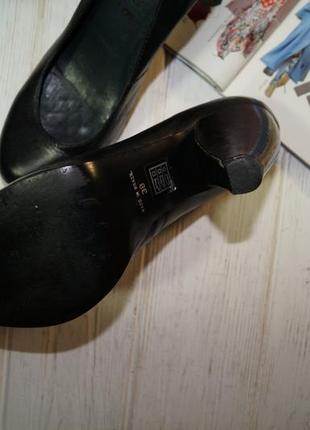 Office london. кожа. красивые базовые туфли на фигурном каблуке2 фото