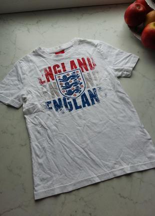 Яркая футболка для болельщика британской сборной на 6-7 года