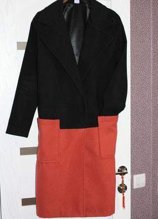 Продам пальто, размер универсальный на xs-m