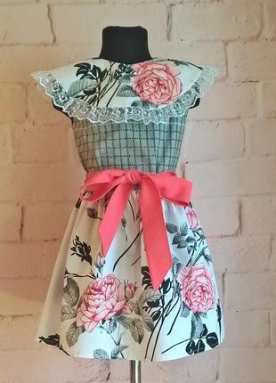 Платье для девочки. платье с цветочным принтом. 100% хлопок. размеры 110-140