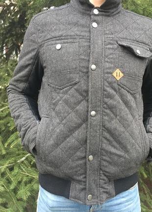 Теплая куртка на весну, осень