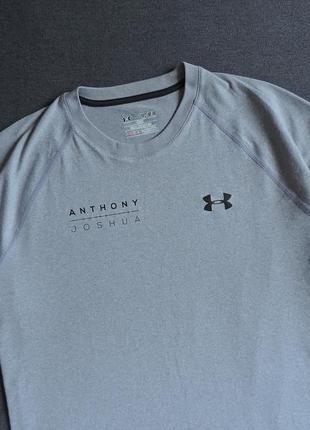 Спортивная футболка under armour