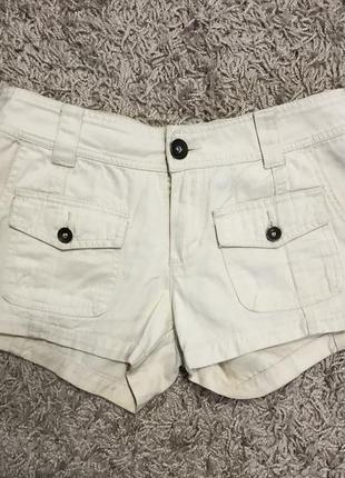 Женские шорты шортики с кармашками
