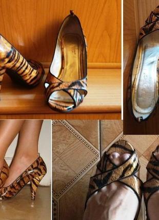 Лаковые кожаные туфли лодочки в анималистичный принт тигровый леопардовый7 фото
