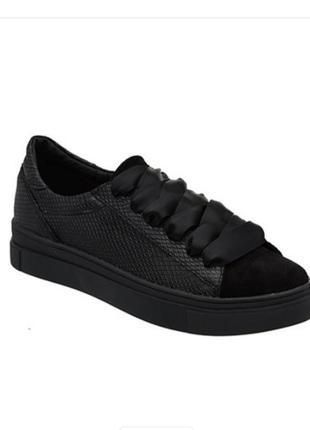 Кожаные кроссовки-кеды