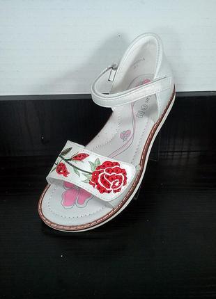 Детские босоножки c закрытой пяткой том.м. кожаные сандали с ортопедической стелькой.