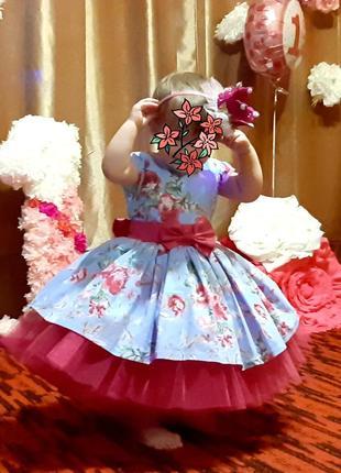 Платье на девочку возраст 1годик очень класнючое1 фото