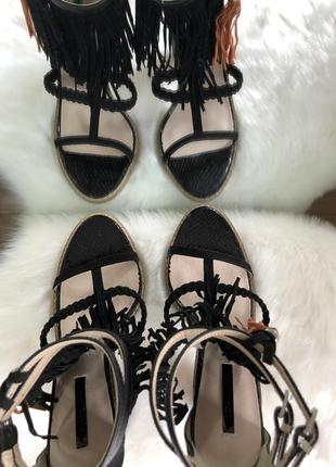 Трендовые черные босоножки с бахромой/открытые туфли на каблуке lost ink 37 385 фото