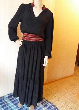 Последняя цена!!! платье с красной вышивкой по вороту и поясу этно стиль