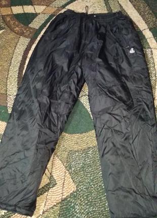 Спортивные теплые штаны дутики