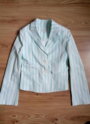 Стильный, весенне-летний пиджак.