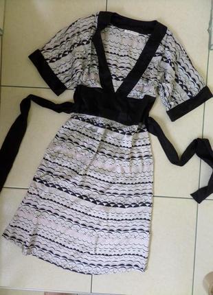 S-m шовкове плаття