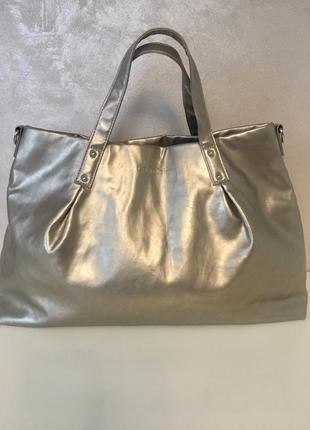 Супер красивая брендовая золотистая сумка
