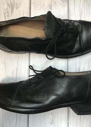 Стильні шкіряні італійські туфлі/туфли