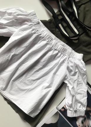 Біленька котонова блуза