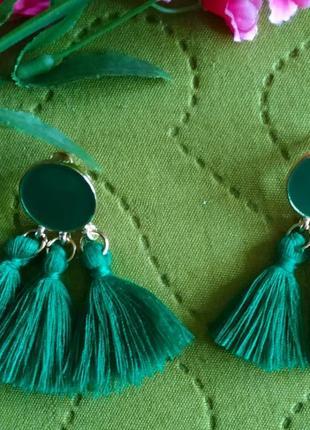 Серьги зеленые сережки нити бахрома