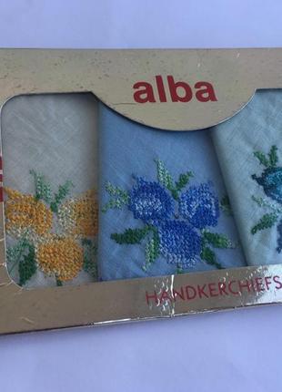 Набор платочков, платки носовые с вышивкой крестиком, 3 шт в упаковке, подарок