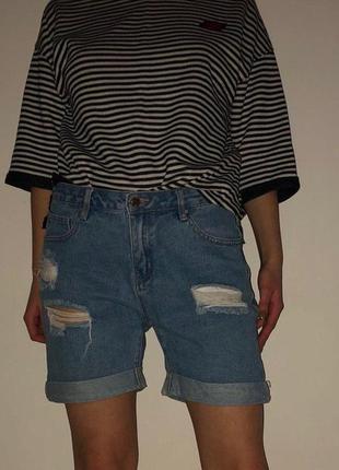 Классные шорты  befree
