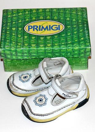 Кожаные комфортные стильные туфли primigi оригинал размер 23