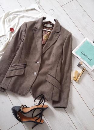 Clement фирменный  пиджак casual в составе шерсть..# 137