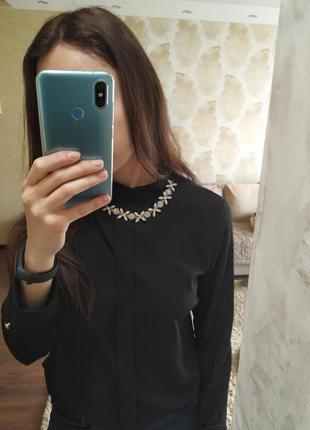 Эффектная нарядная блуза