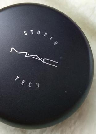 Тональная компактная крем-пудра для лица от mac studio tech nc 32