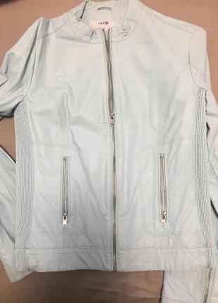 Курточка весенняя из кожезаменитель