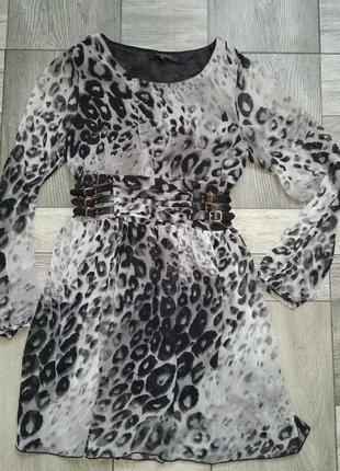 Шикарне плаття анімалістичний принт, шкіряні паски