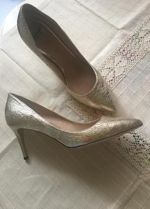 Roberto botticelli кожаные туфельки благородное золото