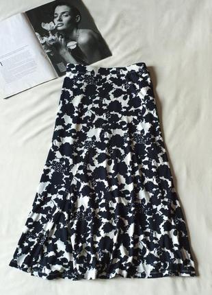 Очень красивая черно-белая юбка с цветочным принтом миди papaya, размер l