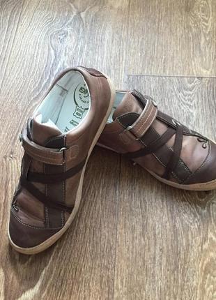 Туфли на девочку primigi
