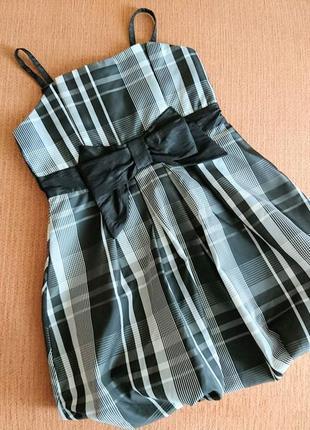 Стильное платье new look.4-5 л.