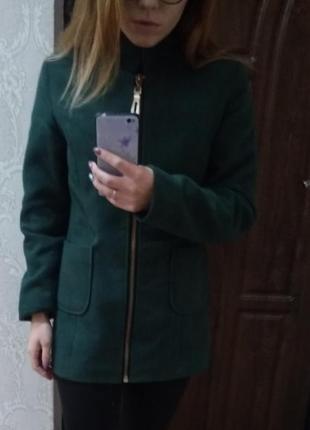 Пальто весна-рання осінь