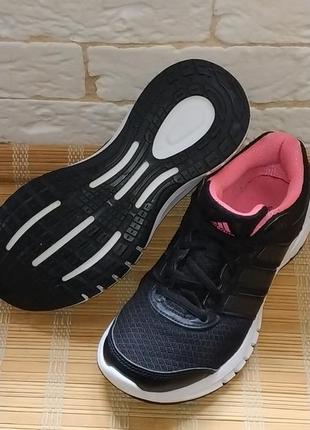 Легенькі кросівки adidas duramo 6