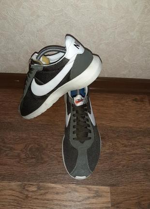 Мужские кроссовки nike размер 40