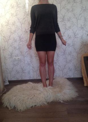 Узкая юбка на молнии