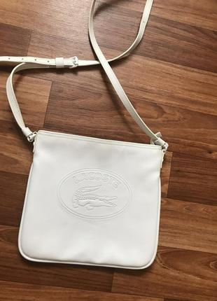 Белая сумка лакоста lacoste