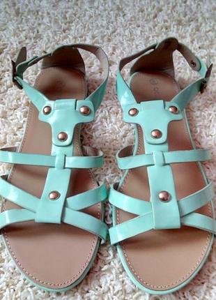 Женские лаковые сандалии от бренда attentif,франция,размер 40