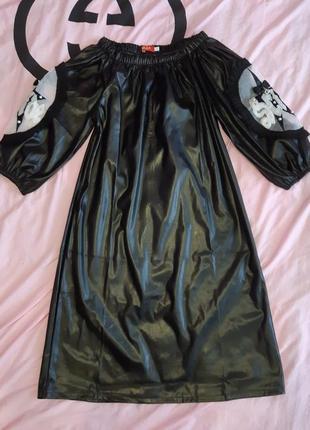 Шикарное кожаное платье / из эко кожи с поясом2 фото