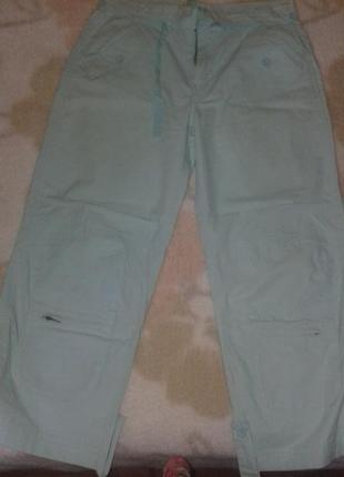 Штаны светло зеленого цвета