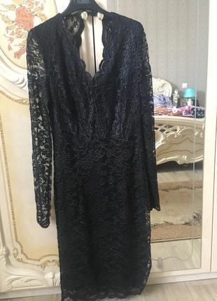 Плаття чорне жіноче.