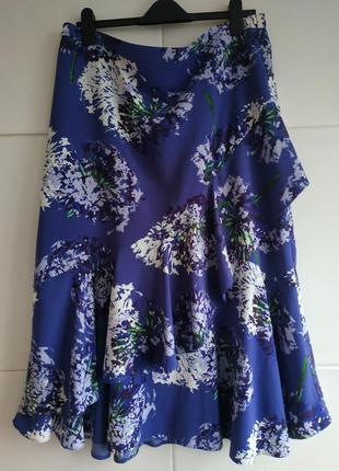 Прекрасная юбка миди papaya, украшена красивым цветочным принтом с воланами