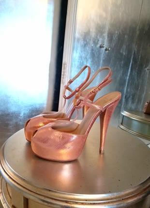 Giuseppe zanotti оригинал босоножки в состоянии новых цвет меди розового золота