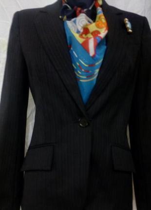 Классный трендовый пиджак с шерстью