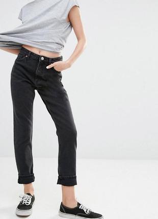 Модные джинсы момы с америки от mustang. плотный настоящий джинс.