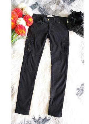 Черные джинсы с накладными карманами clockhouse s/36