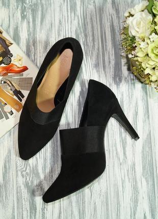 Marks&spencer. замша. очень красивые туфли актуально фасона