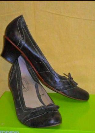 Туфли roberto santti кожаные кожа 39р.