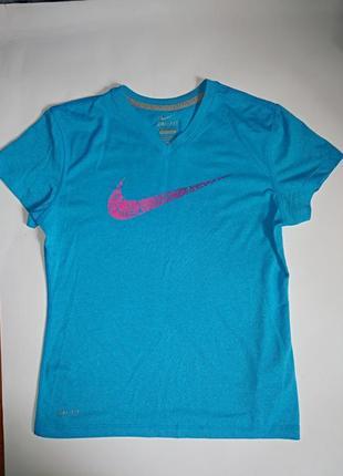 Nike классная футболка,подросток,р-р л,12-13 лет