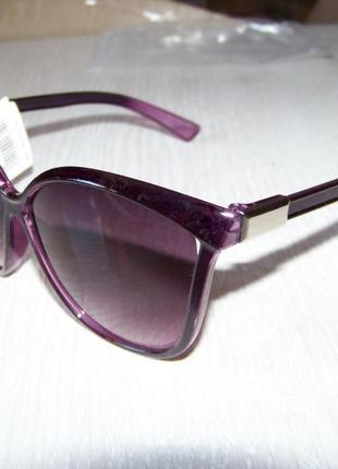 Фиолетовые солнцезащитные очки-стрекозы с дымчатой линзой с легким градиентом2 фото